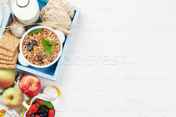 Stok fotoğraf: Sağlıklı · kahvaltı · ayarlamak · müsli · karpuzu · süt