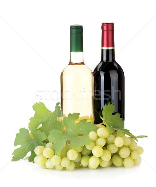 Stockfoto: Twee · wijn · flessen · druiven · geïsoleerd · witte