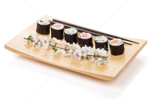 Foto stock: Sushi · maki · conjunto · salmão · pepino · sakura