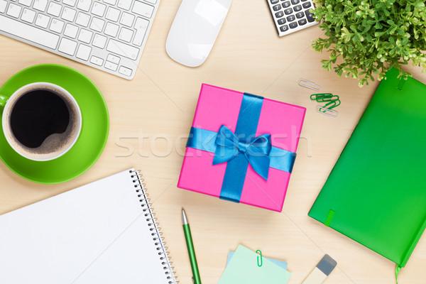 Szkatułce biuro tabeli widok z góry kwiat papieru Zdjęcia stock © karandaev