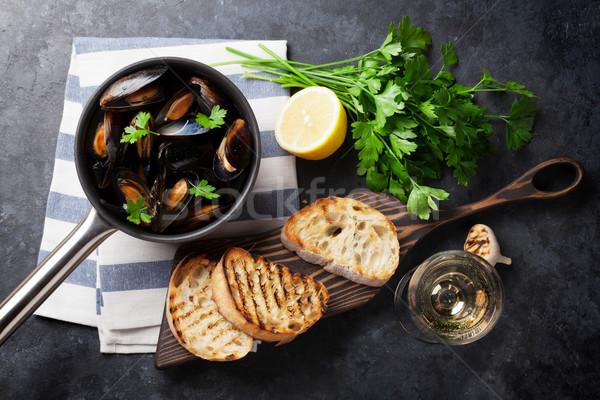 Mussels and wine Stock photo © karandaev
