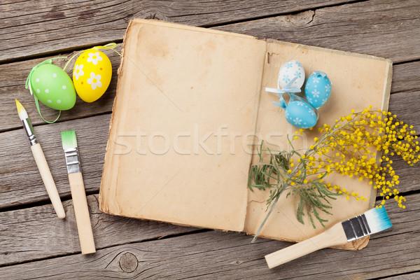 красочный пасхальных яиц старые книги книга деревянный стол Top Сток-фото © karandaev