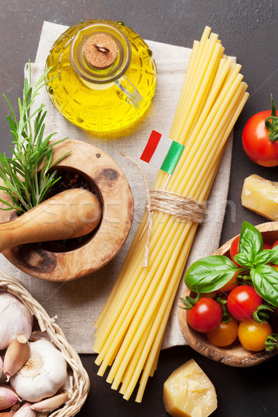 Cucina italiana pasta ingredienti pietra tavola top Foto d'archivio © karandaev