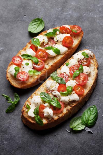 Stockfoto: Caprese · bruschetta · mozzarella · kerstomaatjes · vers · tuin
