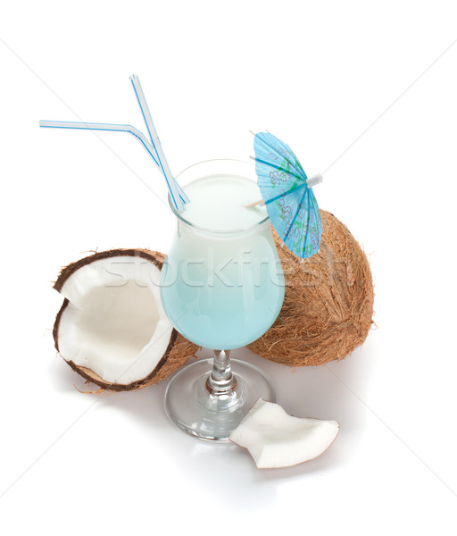 Bleu Hawaii cocktail noix de coco au-dessus isolé Photo stock © karandaev