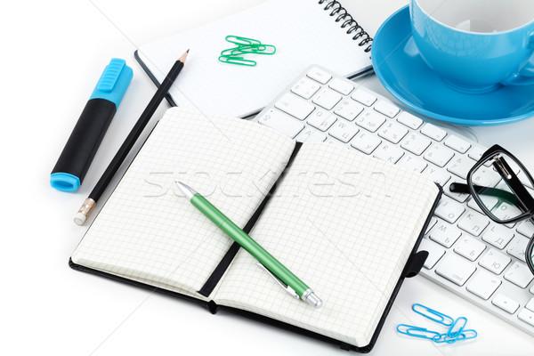 事務用品 クローズアップ 眼鏡 コンピュータのキーボード ビジネス オフィス ストックフォト © karandaev