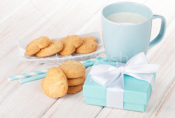 Stok fotoğraf: Fincan · süt · kalp · kurabiye · hediye · kutusu