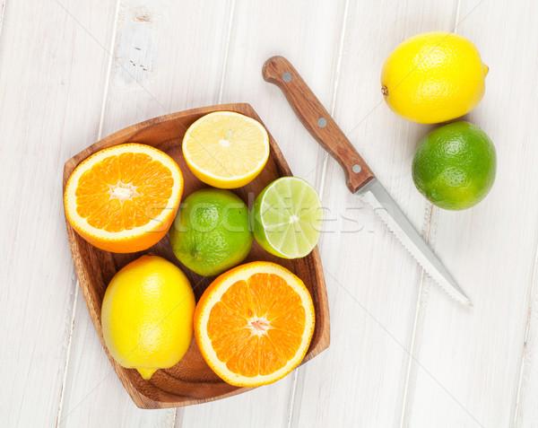 柑橘類 果物 オレンジ レモン 木製のテーブル 木材 ストックフォト © karandaev