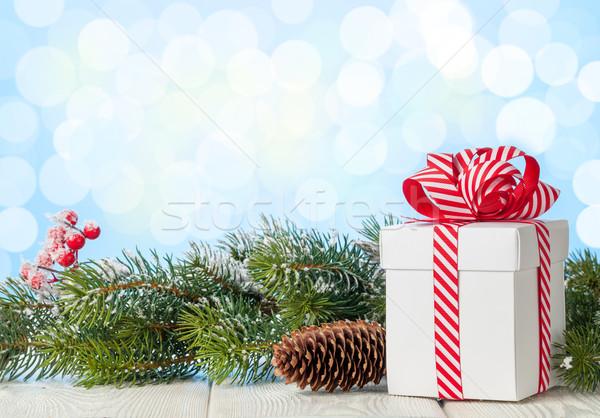 Foto d'archivio: Natale · scatola · regalo · ramo · tavolo · in · legno