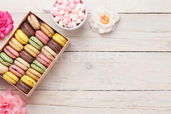 Сток-фото: красочный · окна · проскурняк · деревянный · стол · Sweet · macarons