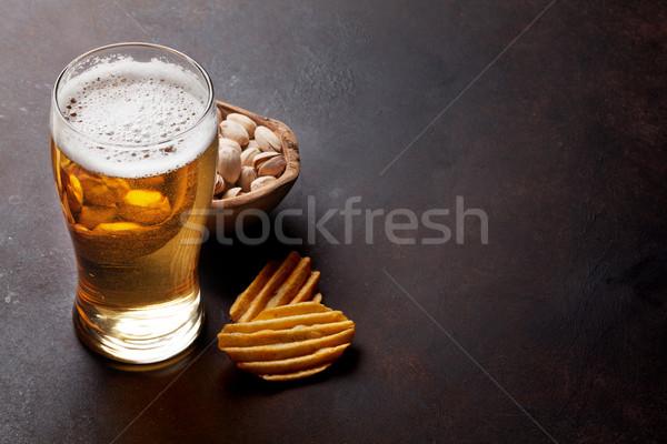 Stock fotó: Világos · sör · sör · harapnivalók · kő · asztal · diók