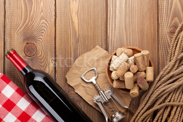 Vin rouge bouteille bol tire-bouchon rustique Photo stock © karandaev