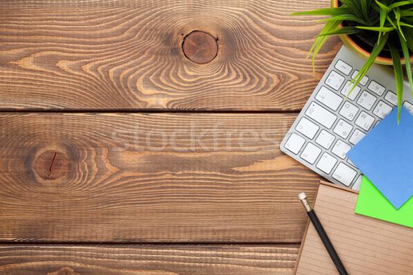 Irodai asztal asztal számítógép készlet virág felső Stock fotó © karandaev