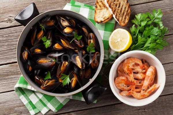 Mussels and shrimps Stock photo © karandaev