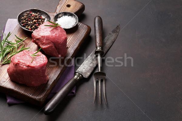 Greggio filetto bistecca cottura pietra tavola Foto d'archivio © karandaev