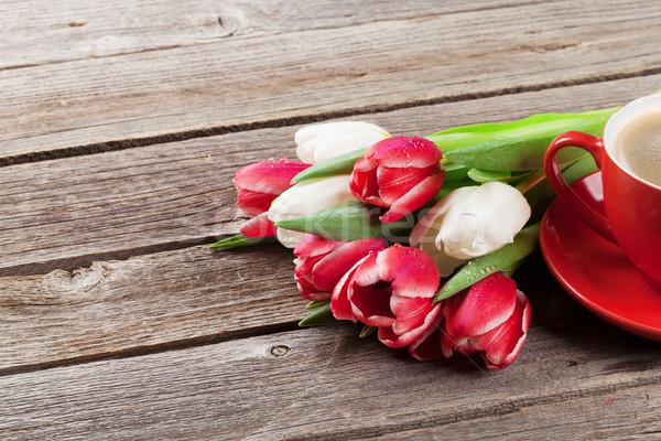 Сток-фото: красочный · тюльпаны · букет · чашку · кофе · красный