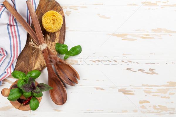 Gotowania tabeli przybory składniki biały drewna Zdjęcia stock © karandaev