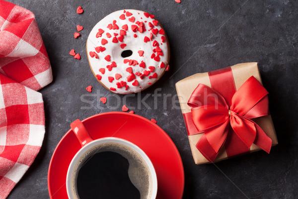 Stock fotó: Fánk · kávé · ajándék · doboz · kő · asztal · felső
