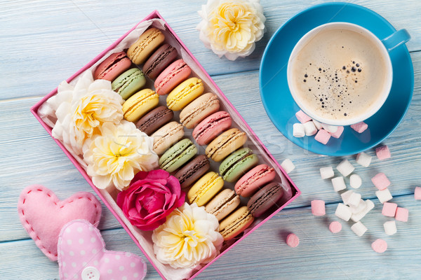 Caffè dolce macarons scatola regalo colorato marshmallow Foto d'archivio © karandaev