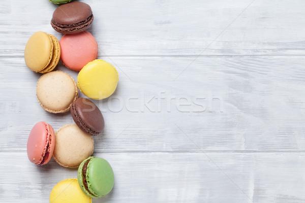 Stockfoto: Kleurrijk · zoete · macarons · houten · tafel · top