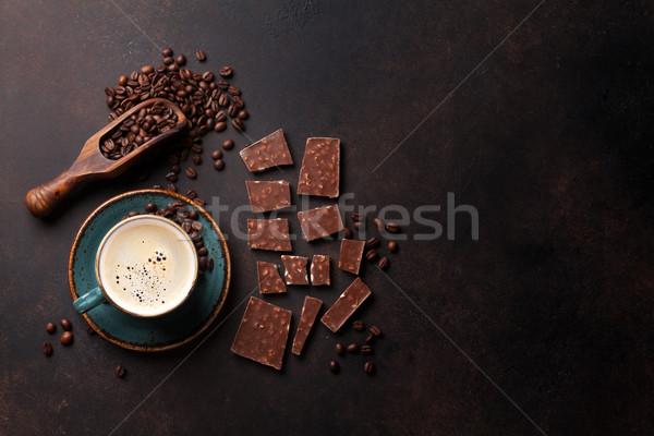 Koffiekopje chocolade oude keukentafel bonen top Stockfoto © karandaev