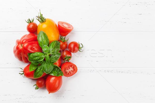 Frischen Garten Tomaten Kräuter Kochen Holztisch Stock foto © karandaev