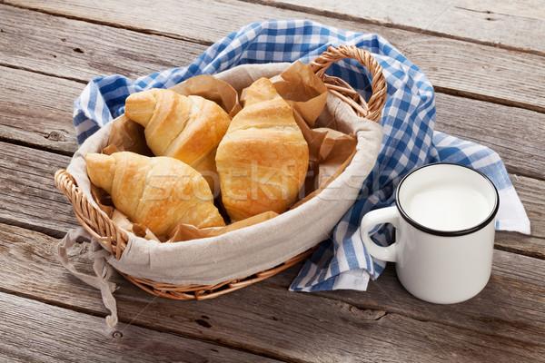Stock fotó: Friss · croissantok · tej · kosár · fa · asztal · étel