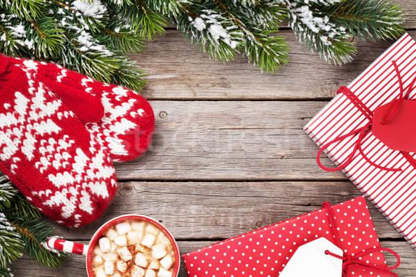 Karácsonyfa ajándékok forró csokoládé karácsony fenyőfa ajándékdobozok Stock fotó © karandaev
