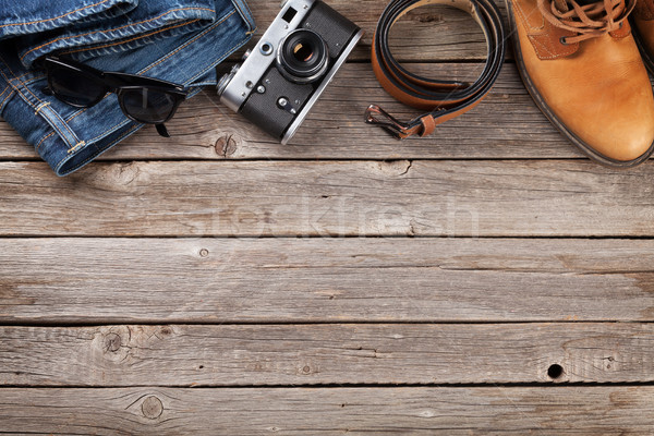 Kleding jeans schoenen bril camera Stockfoto © karandaev