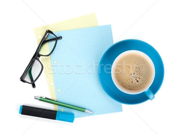 Stock fotó: Kék · kávéscsésze · szemüveg · irodaszerek · felülnézet · izolált