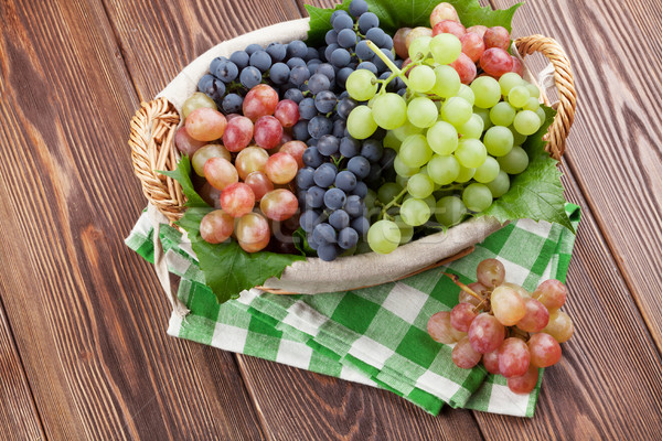 Сток-фото: красный · Purple · белый · виноград · корзины