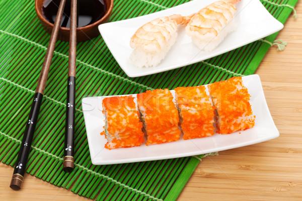 Sushi maki camarão bambu verde vermelho Foto stock © karandaev