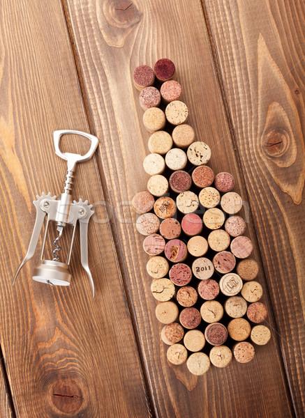 Bouteille de vin tire-bouchon rustique table en bois haut Photo stock © karandaev