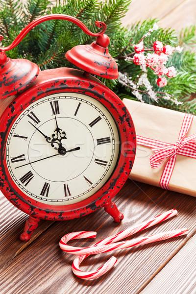 Stock fotó: Karácsony · ébresztőóra · ajándék · doboz · fenyőfa · ág · fa · asztal