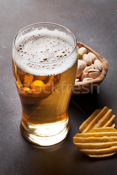 Bier snacks steen tabel noten Stockfoto © karandaev