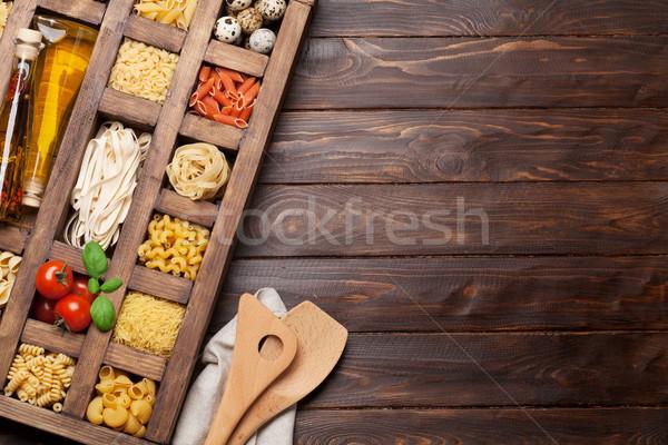 Foto stock: Macarrão · caixa · cozinhar