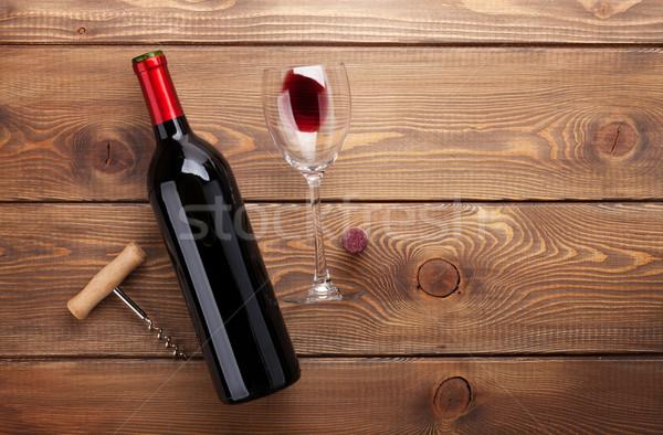 Rode wijn fles glas wijn Stockfoto © karandaev