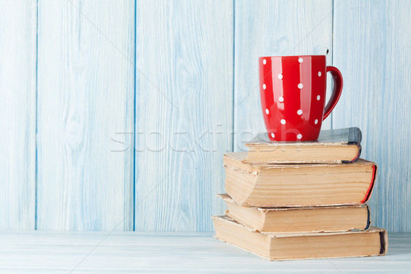 горячий шоколад Кубок книгах чашку кофе мнение копия пространства Сток-фото © karandaev