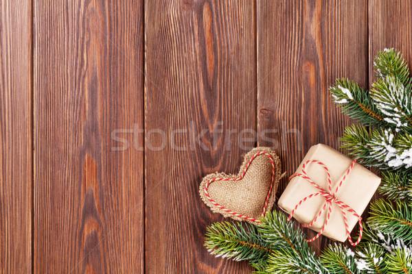 Stockfoto: Kerstboom · tak · geschenkdoos · hart · speelgoed · sneeuw