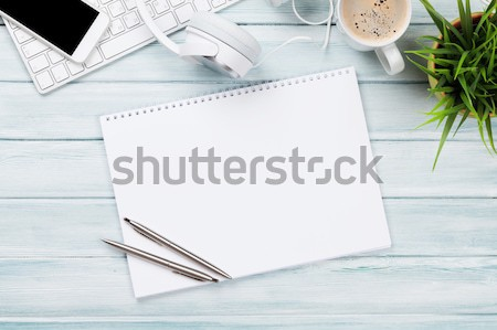 Notatnika słuchawki telefonu pc biurko Zdjęcia stock © karandaev