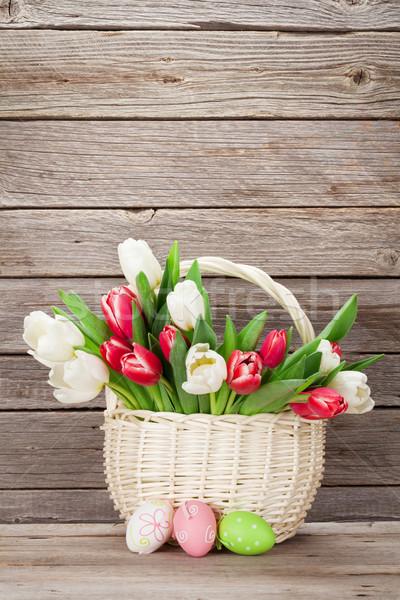 ストックフォト: カラフル · チューリップ · 花束 · バスケット · イースターエッグ · 木製