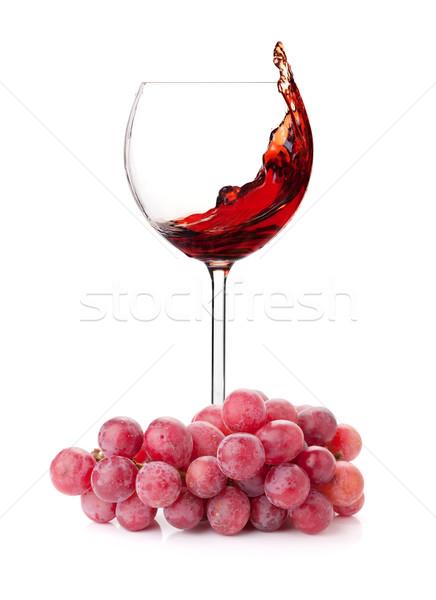 Foto stock: Vino · tinto · vidrio · uvas · aislado · blanco