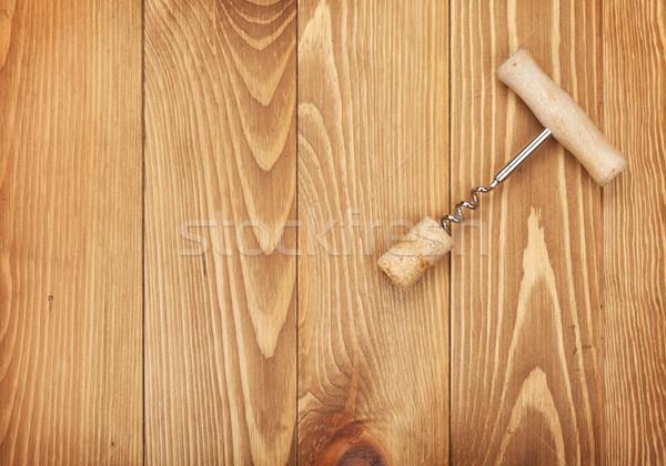 Tire-bouchon bouchon de vin table en bois espace de copie alimentaire bois Photo stock © karandaev