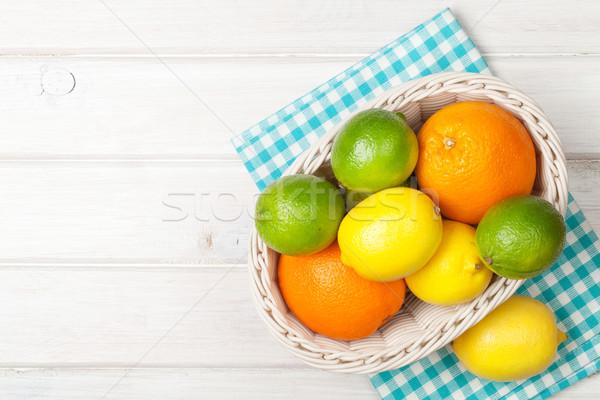 柑橘類 果物 バスケット オレンジ レモン 木製のテーブル ストックフォト © karandaev