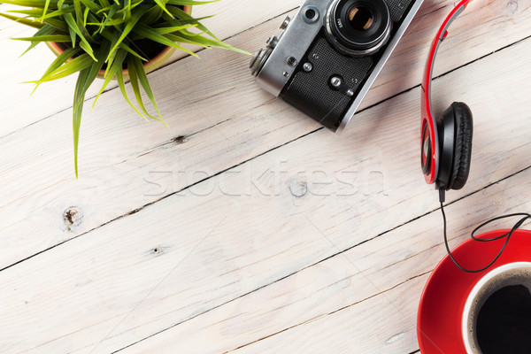 Establecer viaje Resort cámara auriculares taza de café Foto stock © karandaev