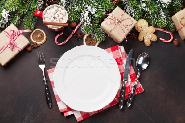 Karácsony vacsora tányér ezüst étkészlet fenyőfa ajándékok Stock fotó © karandaev