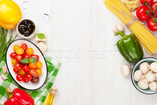 Nourriture italienne cuisson ingrédients pâtes légumes épices Photo stock © karandaev