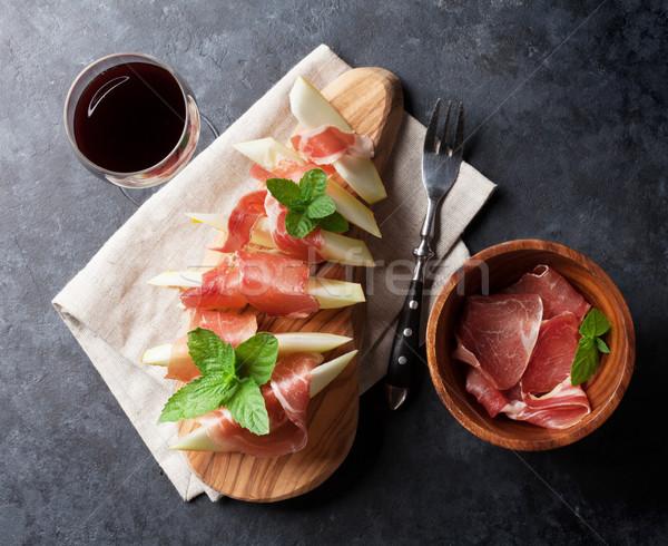 甜瓜 火腿 羅勒 新鮮 開胃菜 紅葡萄酒 商業照片 © karandaev