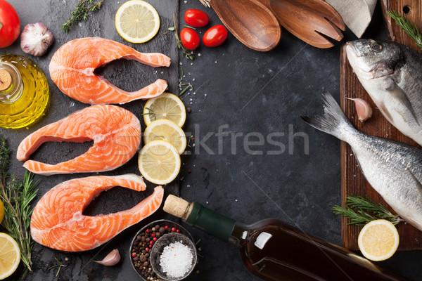 Crudo salmón peces filete especias cocina Foto stock © karandaev