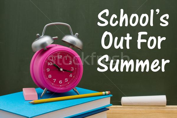 Escuelas fuera verano libro lápiz borrador Foto stock © karenr
